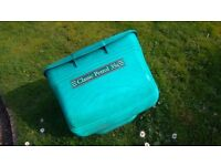 Qualcast classic petrol 35s grass collection box
