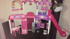 Barbie Malibu shopping mall
