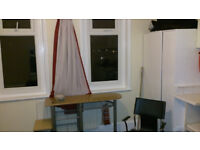 Nice Large Single Room available now to rent. No Deposit. £520 Monthly. Free Parking. Safe area.
