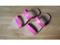 Pink sandals-size 7