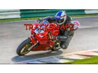 Yamaha R6 race bike