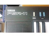 Yamaha PSR-11 *See Description*