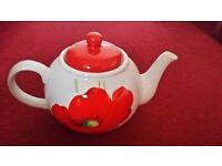 Teapot . Poppy design £5