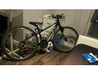 "carrera abyss hybrid junior bike 26"" like new"