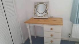 Round Hanging Mirror, Nautical style