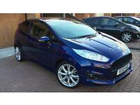 Ford Fiesta Zetec S EcoBoost TOP SPEC £9,800