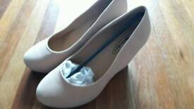 Brand new platform wedges work court shoes size 4
