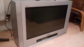 Television Panasonic £30 with remote control. Working