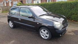 Renault Clio 2005 16v 1.2L Black