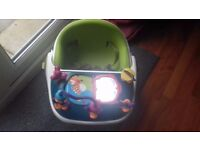 Mommas and Pappas Baby Snug Baby Seat with Detachable Play Tray