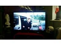 """Hitachi 42"""" slim led smart WiFi tv"""
