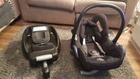 Maxi Cosi Car Seat and Maxi Cosi Easy Base