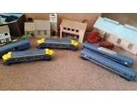Vintage tri-ang trains houses trees little people est
