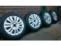 """Renault Clio """"Del Arte"""" 15"""" alloy wheels with good tread tyres"""