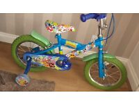 Bike( 14' wheels)with stabilisers for sale. Great conditions