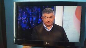 LG 32 In TV