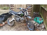 Pit bike 125cc very good condition.