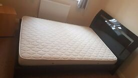 Italian design bed Black frame with firm mattress
