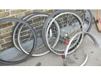 Bicycle wheels, tyres and mudguards/arches