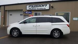 2013 Honda Odyssey NO TAX SALE-1 WEEK ONLY-DUAL AIR/HEAT Windsor Region Ontario image 2