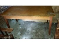 Solid Oak desk/dining table - Very sturdy - £15