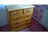 Pine Chest of Drawers (solid)
