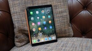 iPad Pro 10.5 64gb with Smart Cover