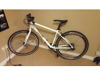 Pinnacle Lithium 2016 men's hybrid bike with glow in the dark paintwork, great condition!