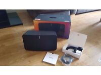 Immaculate condition Sonos Play 5 (2nd Gen) wireless speaker in Black with receipt and warranty.