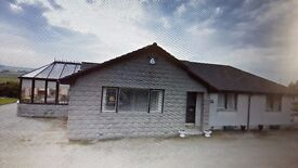4 bedroom Bungalow for rent with 2 stables, grooming area and 5 acres of grazing land.