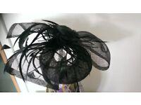 Black ladies hat/facinator