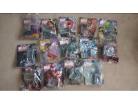 Classic Marvel Figurine Collection Comics- 14 great comics with figurines - rare