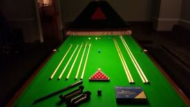 12ft snooker table including all accessories