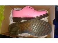 Dr Martens size 7 women's pink shoes