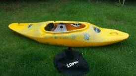 Kayak pyranha inazone 242