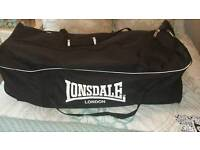Sports holdall (Lonsdale)