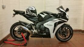 Honda cbr1000rr 7685miles