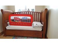 ***Fantastic cot bed with mattress***