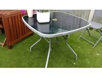 Free outdoor garden table