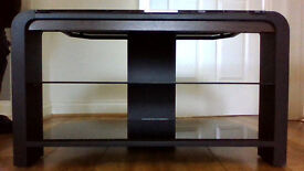 TV STAND IN GOOD CODITION BOUGHT AT JOHN LEWIS BLACK WITH GLASS SHELVING H45 D40 W80