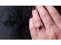 Jewellery Ladies 18ct Yellow Gold 3 Diamond Ring