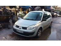 2004 Renault Scenic Authentique 16v MPV 1.6L Petrol Silver BREAKING FOR SPARES