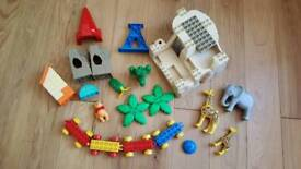 Duplo and Megabloc pieces