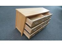 Very Good Quality 100% solid oak six drawer chest/sideboard ,Possible Delivery