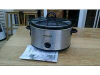 Crock-pot, Slow Cooker, used once. With manual/recipe booklet