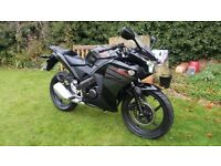 Honda CBR 125 - 2016, v low miles, 1 owner, free delivery & warranty