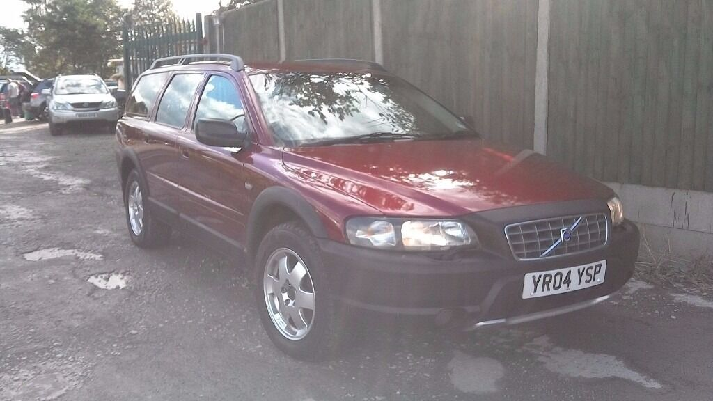 VOLVO XC70 AWD D5 CROSS COUNTRY DIESEL5 DOOR ESTATE.
