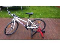 BICYCLE 24-INCH MOUNTAIN BIKE - WHITE