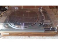 Pioneer PL 115D Stereo Turntable Record Player