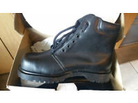 Safety Boots Black SIZE 8